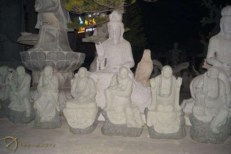 резчики по камню Чунгу CHONGWU