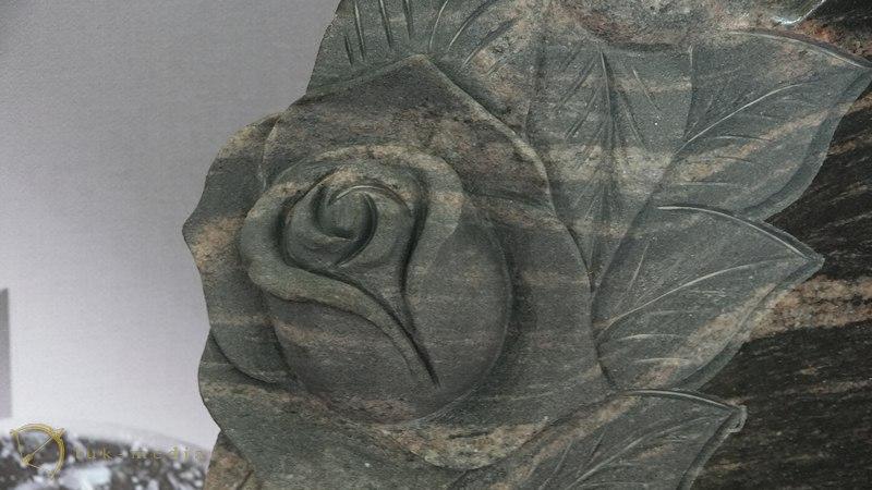 Ермис памятники Индустрия камня 2016