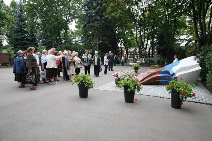 экскурсии по кладбищам москвы