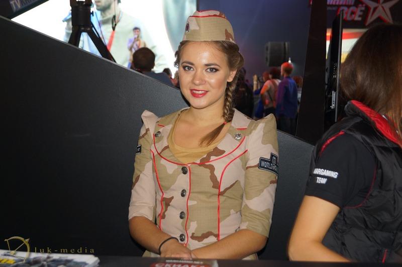 девушки игромир 2014 фото
