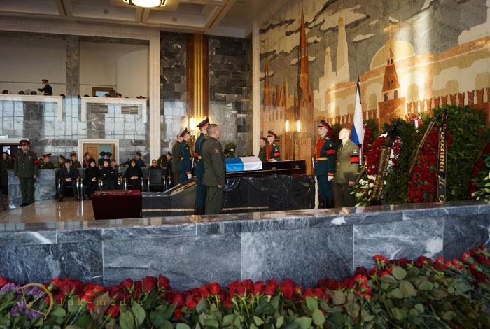 похороны калашникова