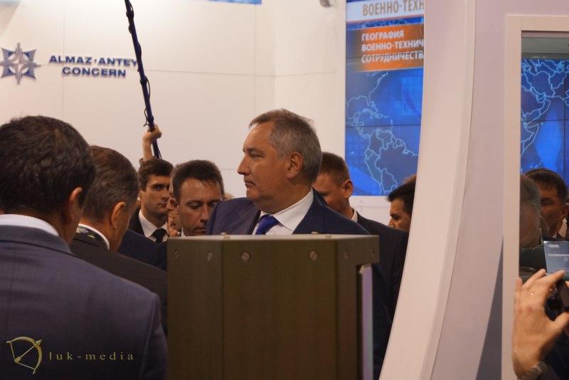 arms expo 2015 рогозин