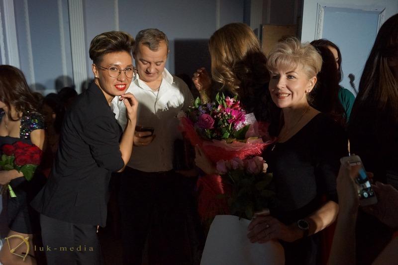 ТОП Самых красивых стюардесс России 2014