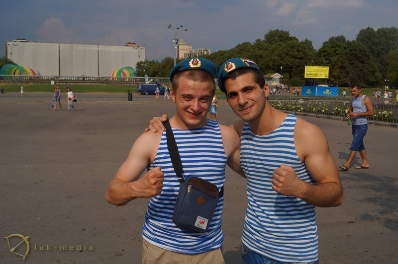 день вдв москва 2014 парк горького фото