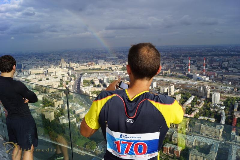 забег в высоту москва 2014 фото