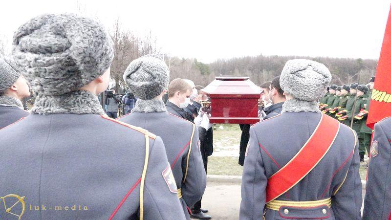 Похороны Юрия Бондарева