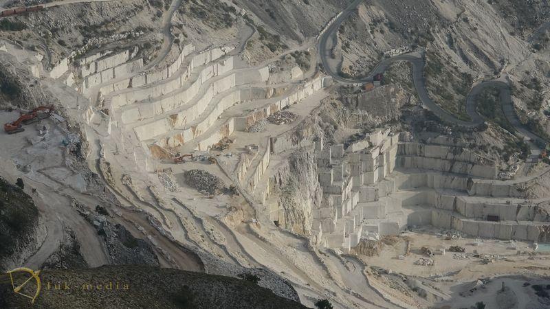 Каррарский мраморный карьер