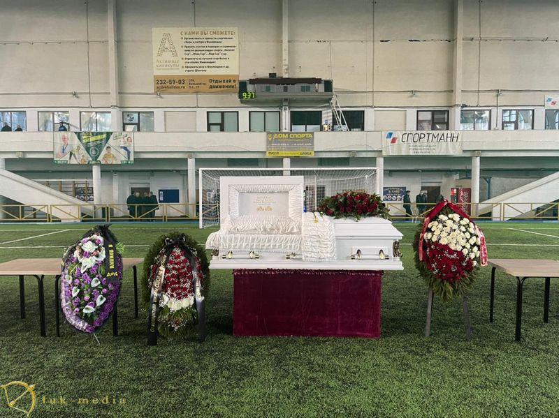 Похороны Алексея Поликанова