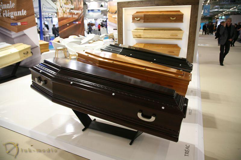 Похоронная выставка в Париже