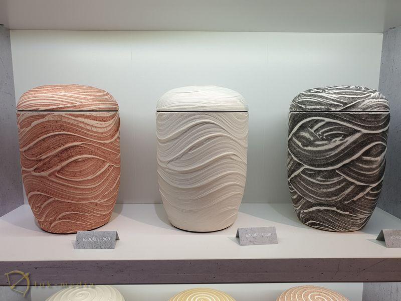 Парижская похоронная выставка, урны для праха