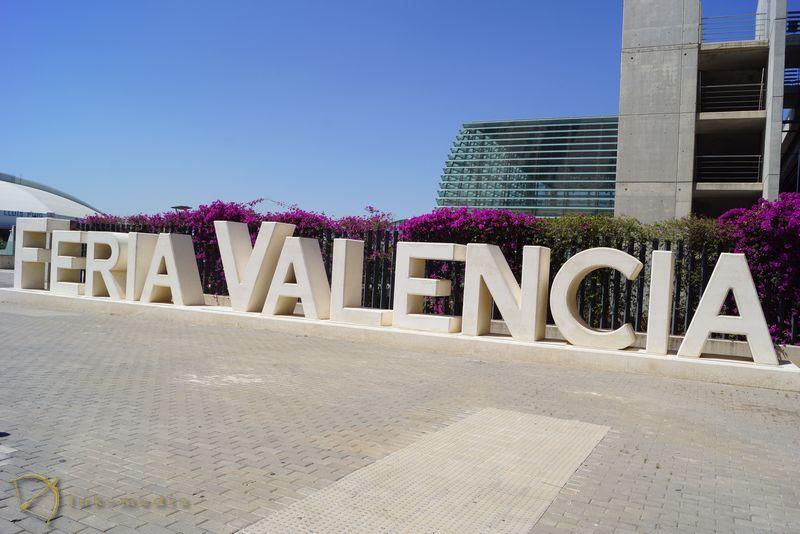 Похоронная выставка в Валенсии