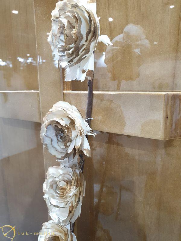 Гробы на выставке в Валенсии, часть первая
