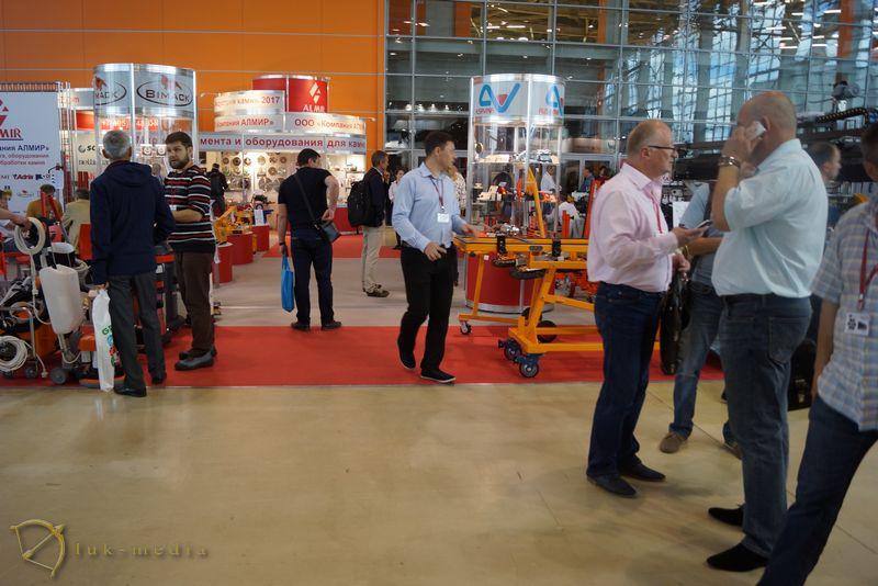 Производители инструмента на выставке Индустрия камня