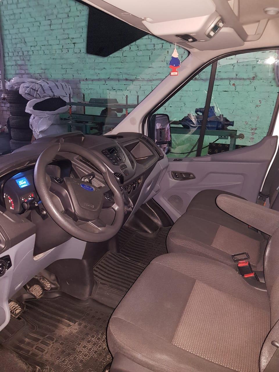 В Таганроге продаётся катафалк Форд