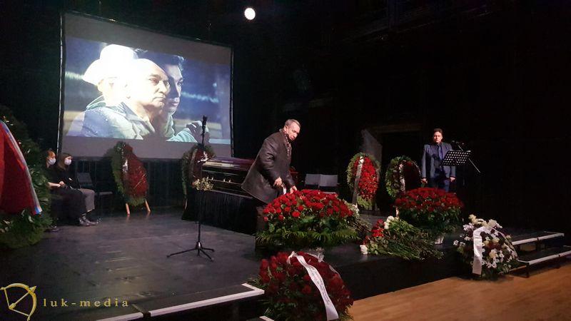 Прощание с Владимиром Кореневым
