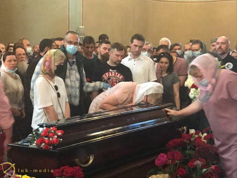 Прощание с Петром Мамоновым