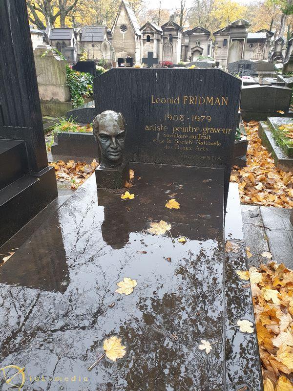 Кладбище Монмартр. Могила скульптора Леонида Фридмана