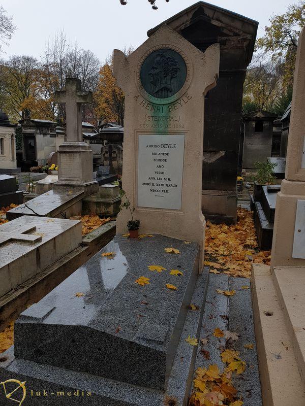 Кладбище Монмартр. Могила Стендаля