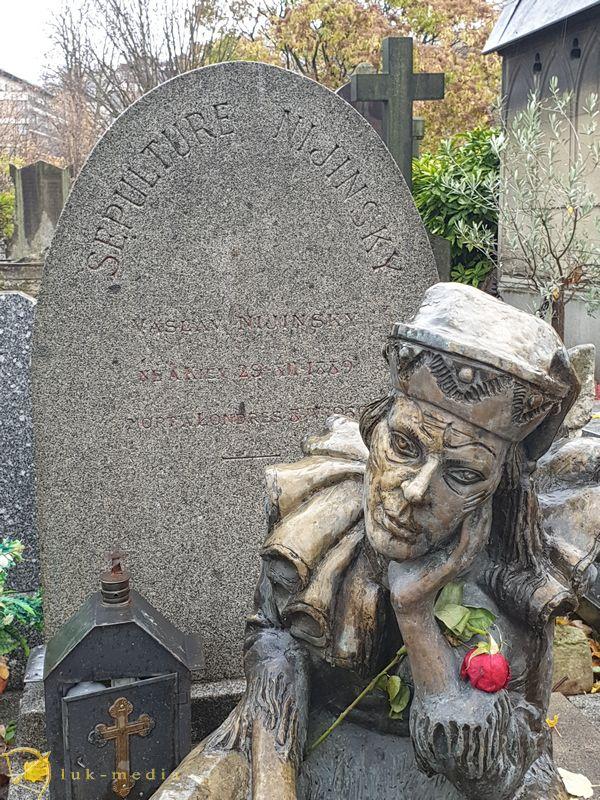 Кладбище Монмартр. Могила Нижинского