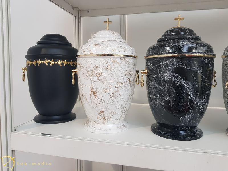 Урны на выставке Некроекспо 2019, часть первая
