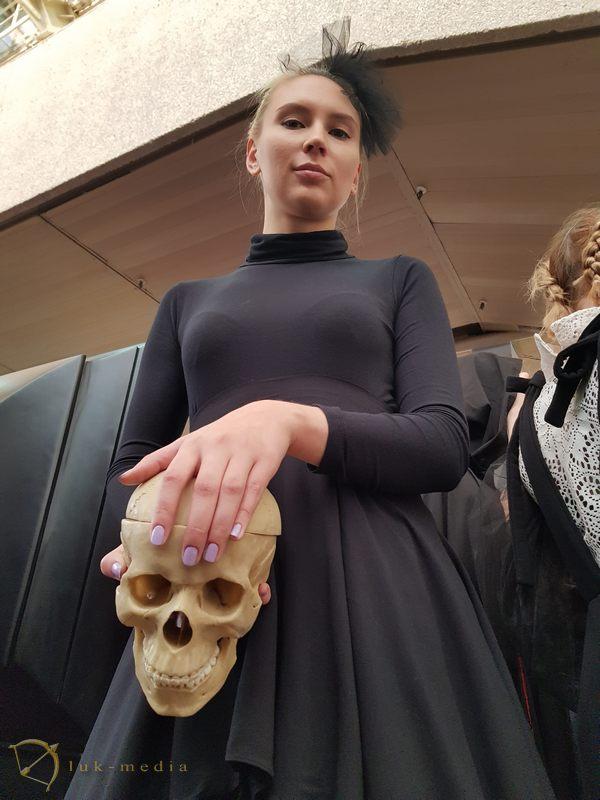 Дефиле траурной одежды 2018