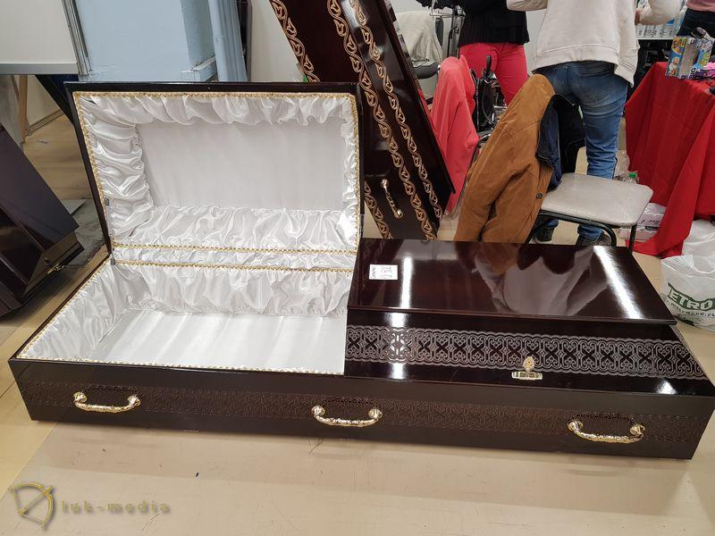 Гробы на выставке Некрополь 2018 часть вторая