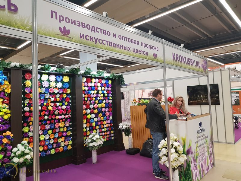 Веночная продукция на выставке Некрополь 2018 в Москве