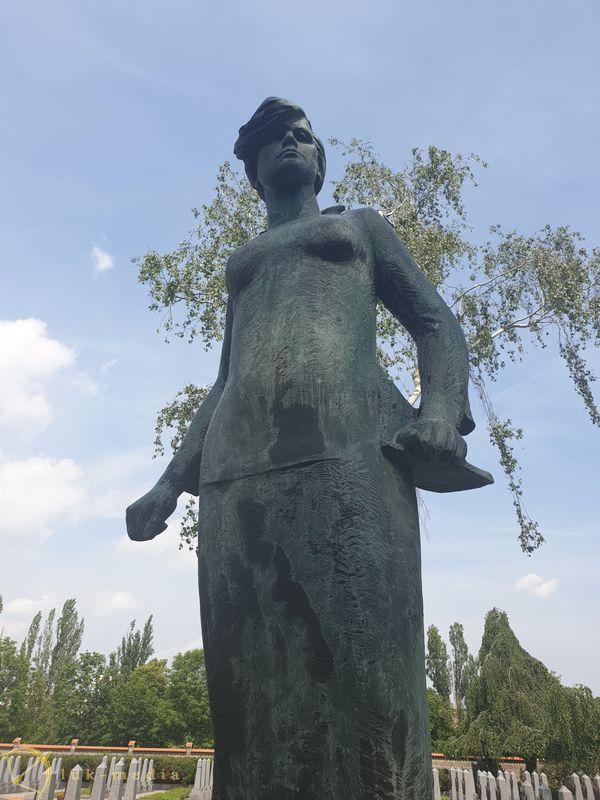 Ольшанское кладбище