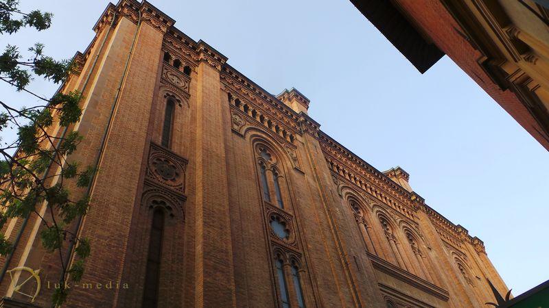 Выставка похоронных товаров в Болонье