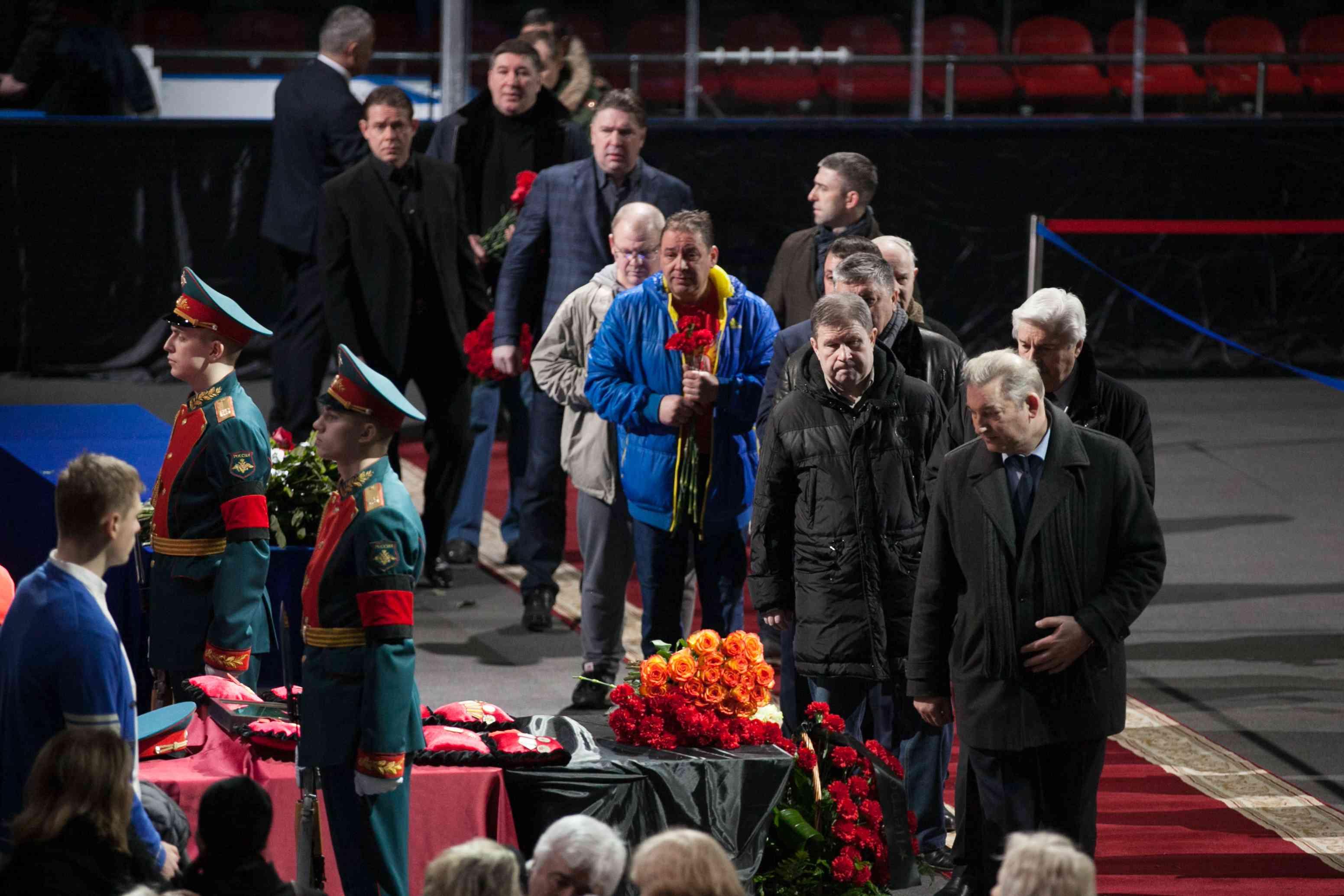 Прощание с Владимиром Петровым