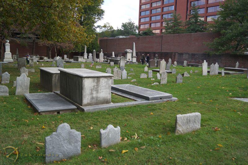 кладбище в филадельфии